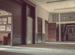 The Video of this creepy abandoned school in Florida is Stunning!