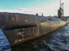 Unbelievable Abandoned Soviet Submarine!