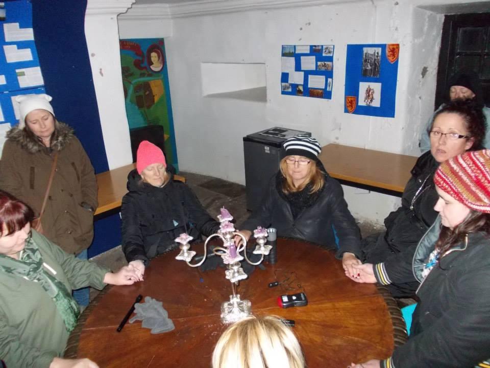 seance at Provanhall